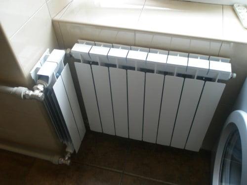 Фото: Монтаж радиатора в условиях ограниченного пространства