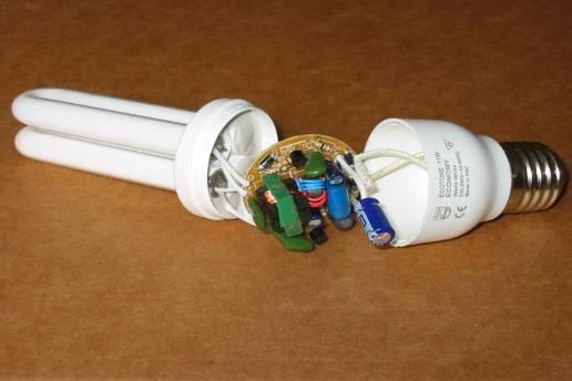 Ремонт своими руками компактной люминесцентной лампы