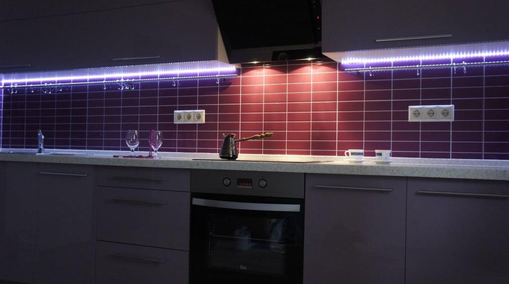 Подсветка кухни светодиодной ленты