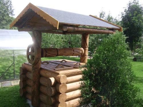 Фото: деревянный колодец самодельный