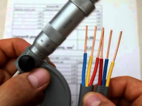Фото: выбор сечения проводов для подключения люстры
